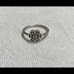 Silver Floral Daisy Lace Ring by Pandora